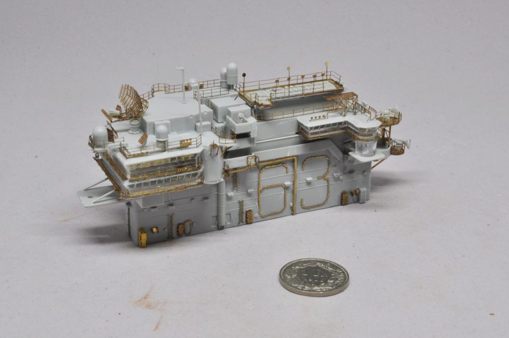 Supercarrier USS Kitty Hawk (CV-63) - Trumpeter - 1/350 - Page 2 Dsc_1519
