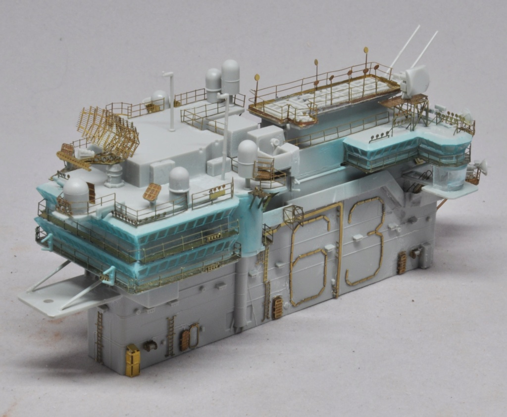 Supercarrier USS Kitty Hawk (CV-63) - Trumpeter - 1/350 - Page 2 Dsc_1532