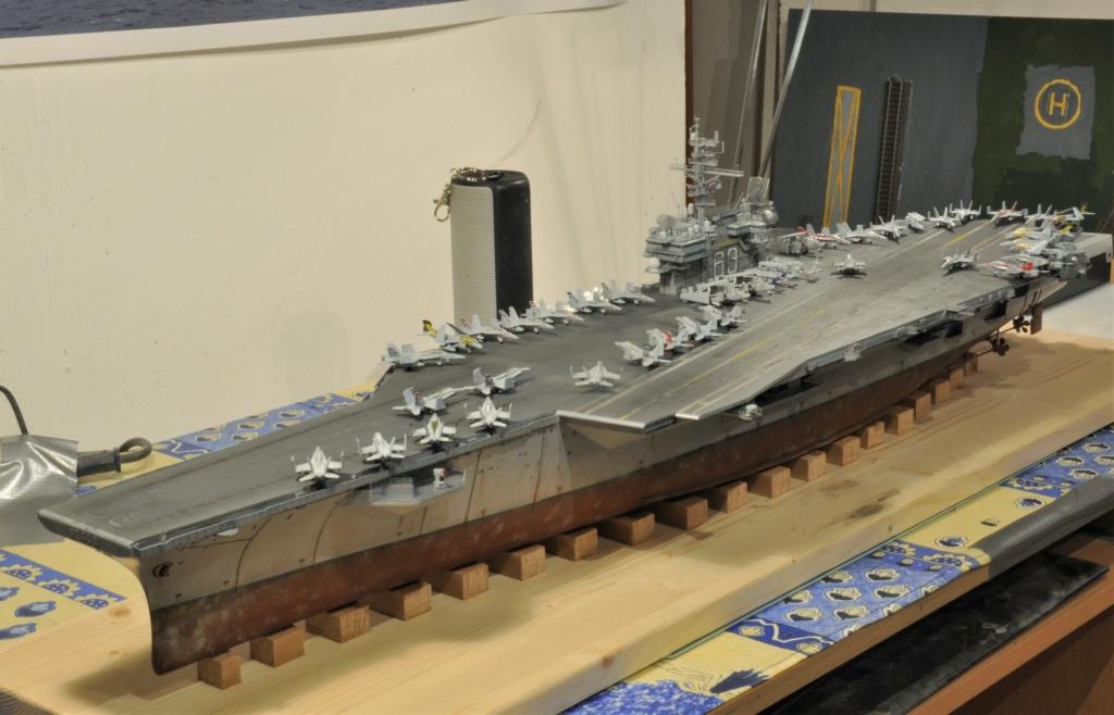 Supercarrier USS Kitty Hawk (CV-63) - Trumpeter - 1/350 - Page 2 Dsc_2075