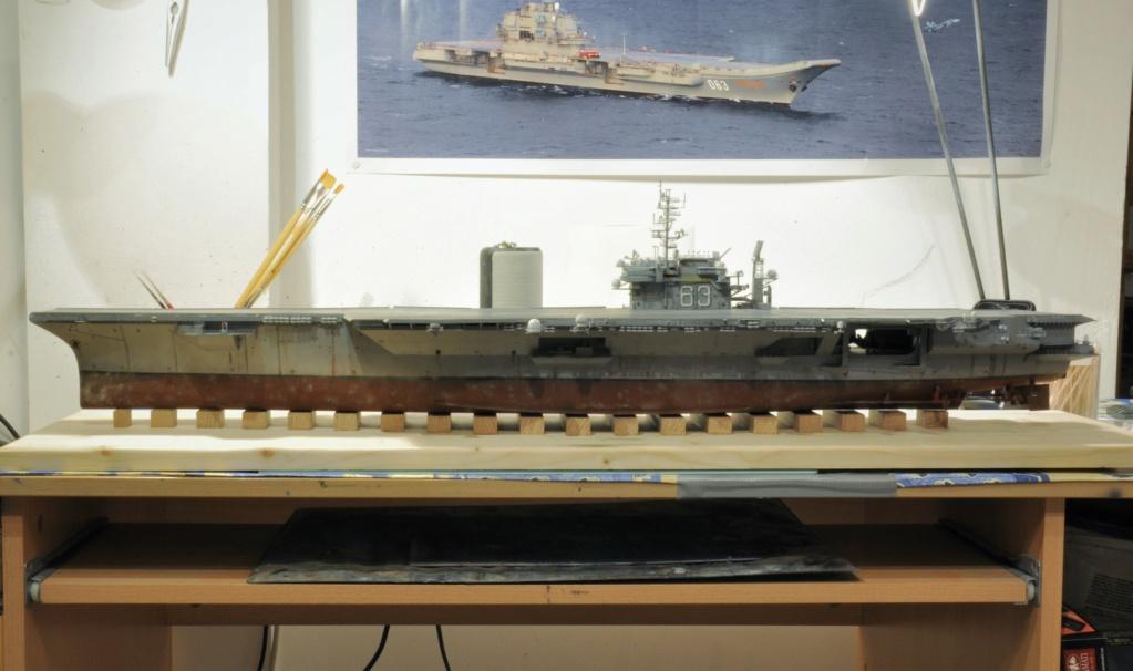 Supercarrier USS Kitty Hawk CV-63 (Trumpeter 1/350°) - Page 6 Dsc_2081