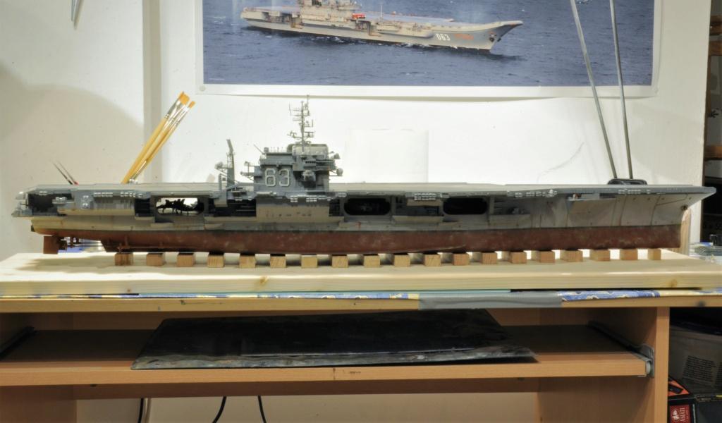 Supercarrier USS Kitty Hawk CV-63 (Trumpeter 1/350°) - Page 6 Dsc_2082