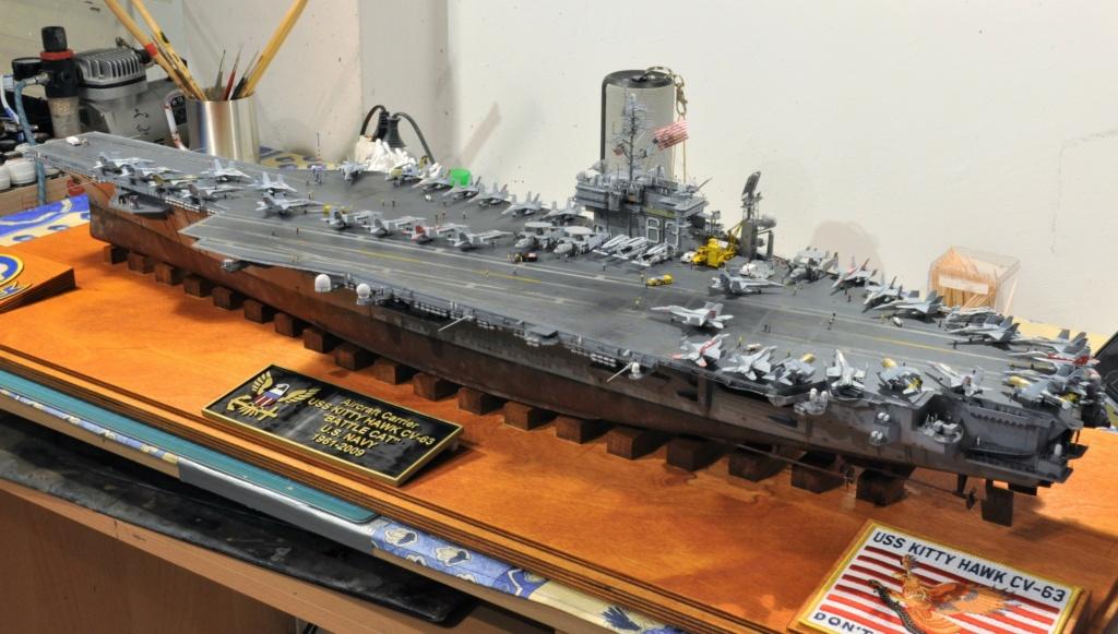 Supercarrier USS Kitty Hawk CV-63 (Trumpeter 1/350°) - Page 7 Dsc_2188