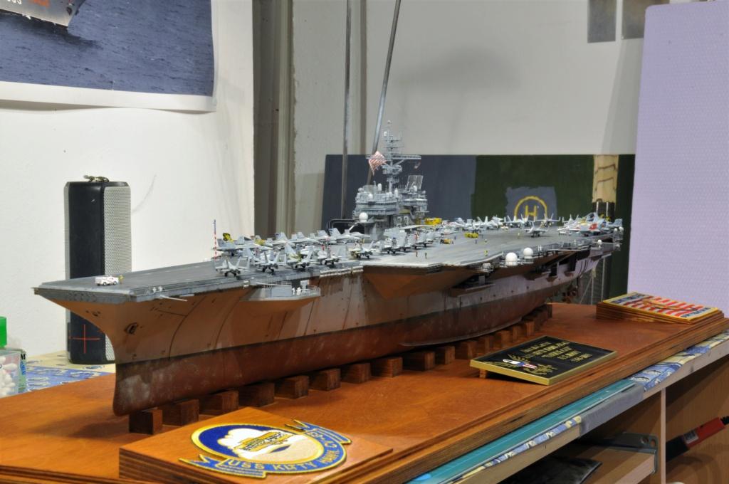 Supercarrier USS Kitty Hawk CV-63 (Trumpeter 1/350°) - Page 7 Dsc_2190