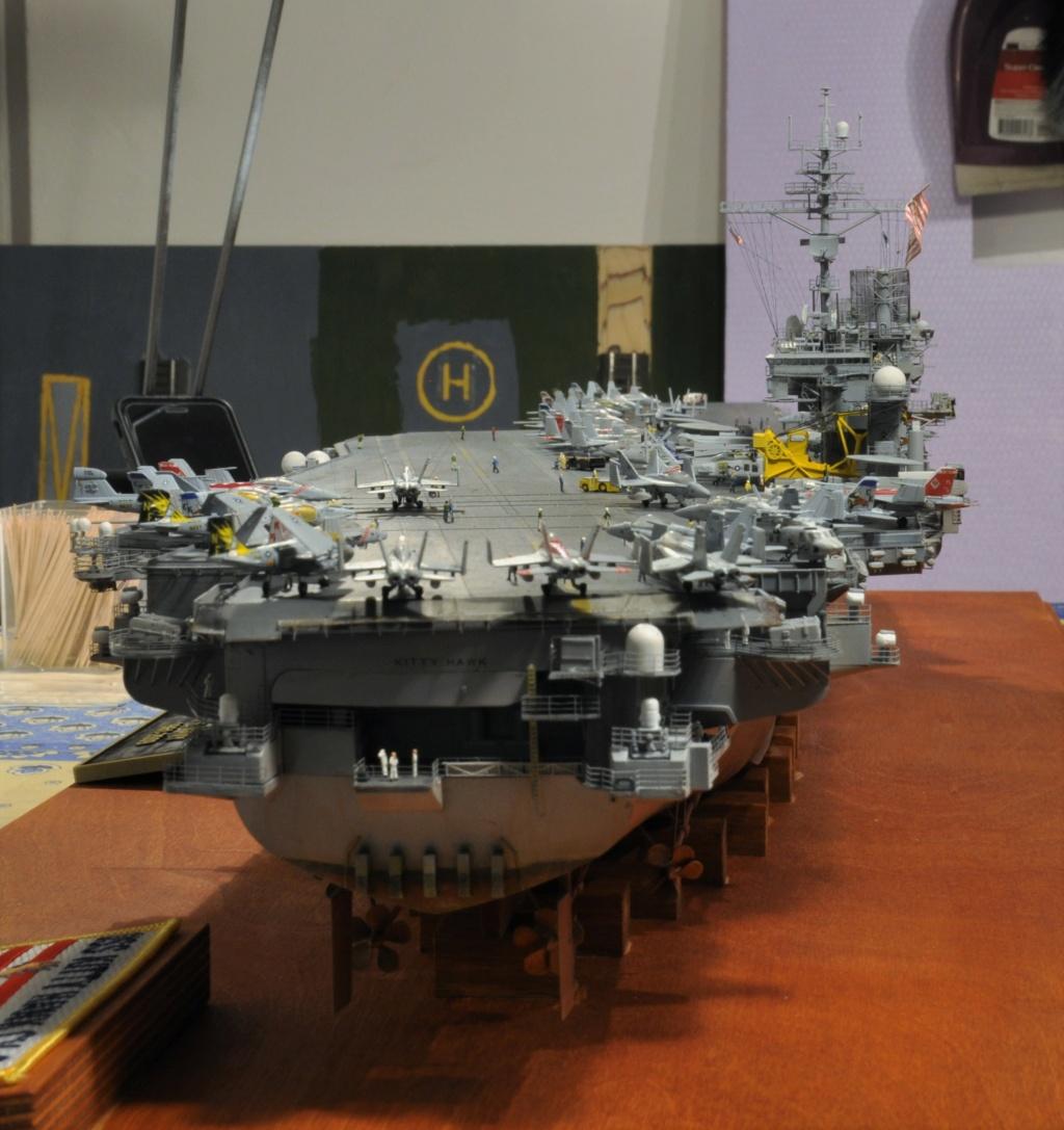 Supercarrier USS Kitty Hawk CV-63 (Trumpeter 1/350°) - Page 7 Dsc_2192