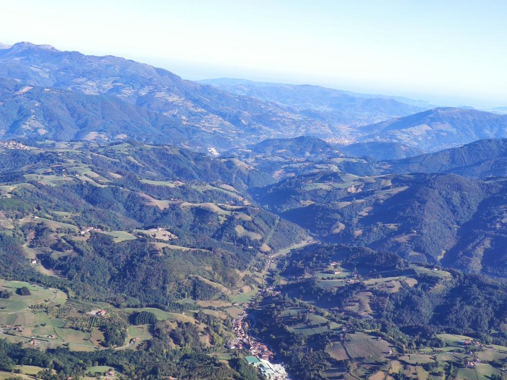 Topic:Deportes de Montaña..Escalada, Senderismo,Barranquismo....... - Página 11 Img_2044