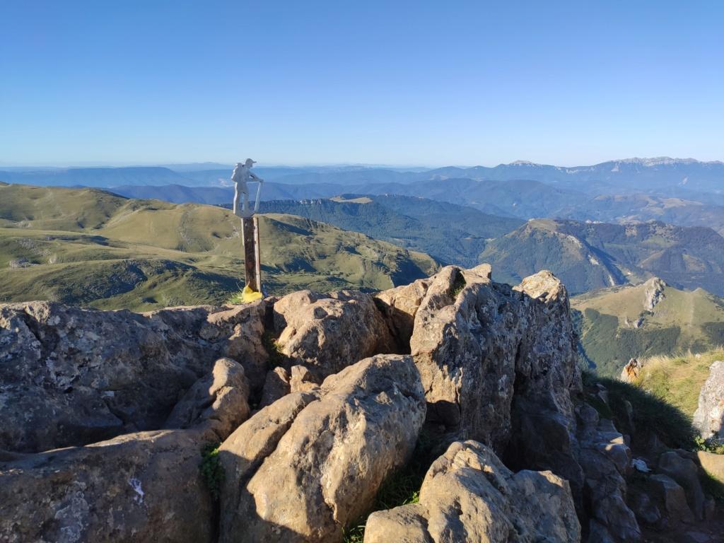 Topic:Deportes de Montaña..Escalada, Senderismo,Barranquismo....... - Página 11 Img_2046
