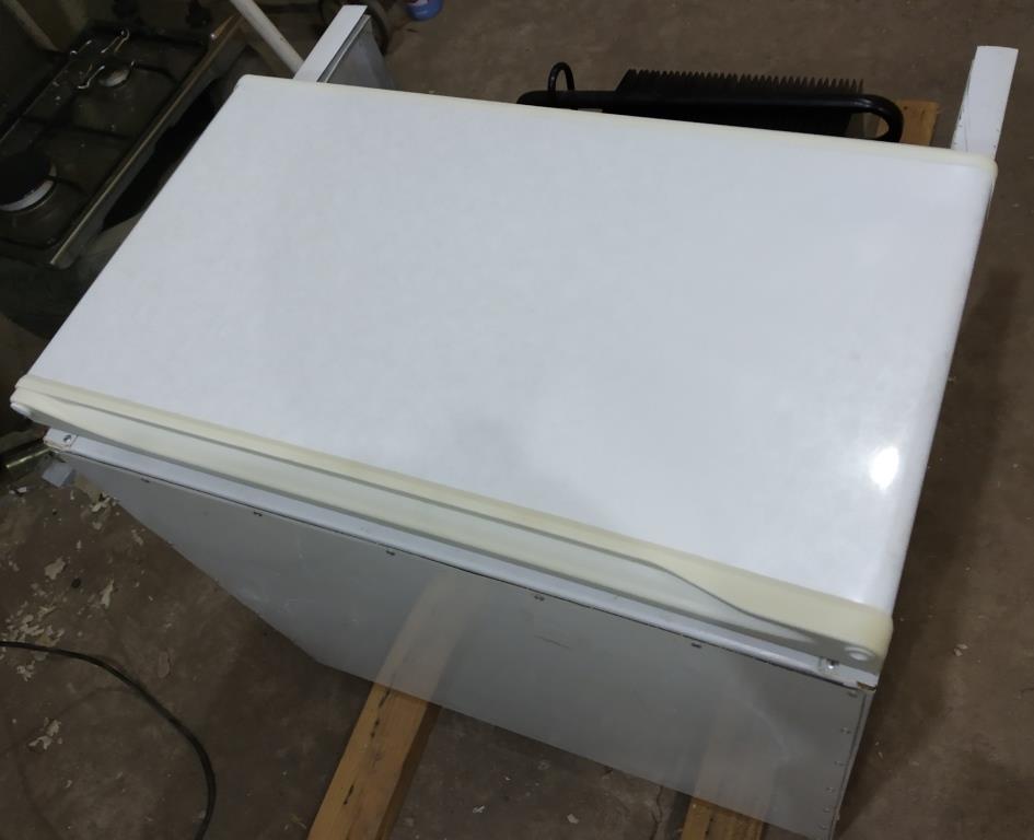 Холодильник на газу 222210