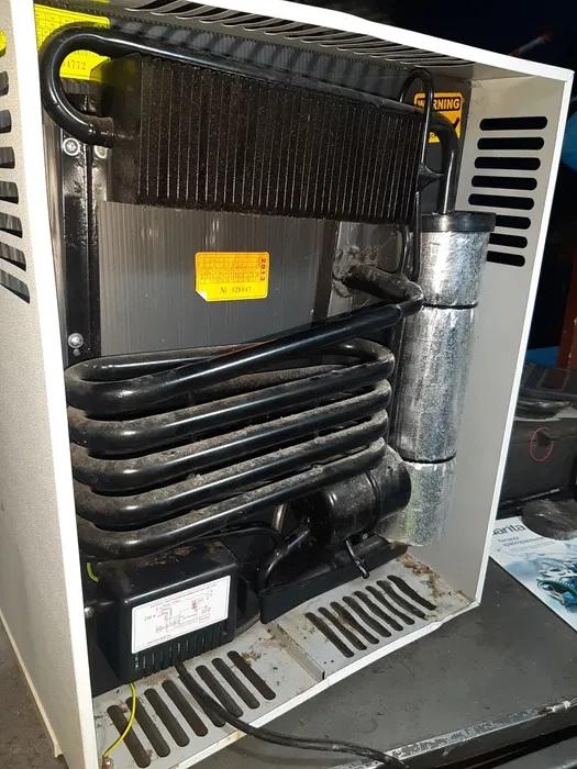 Холодильник на газу 410