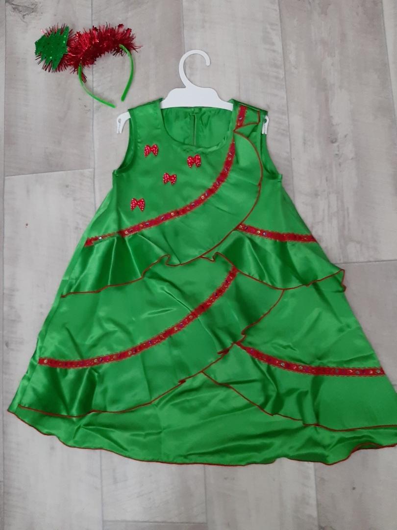продам новогодний костюм Елочки р/р 104 и слипоны новые 28 Otqvyg10