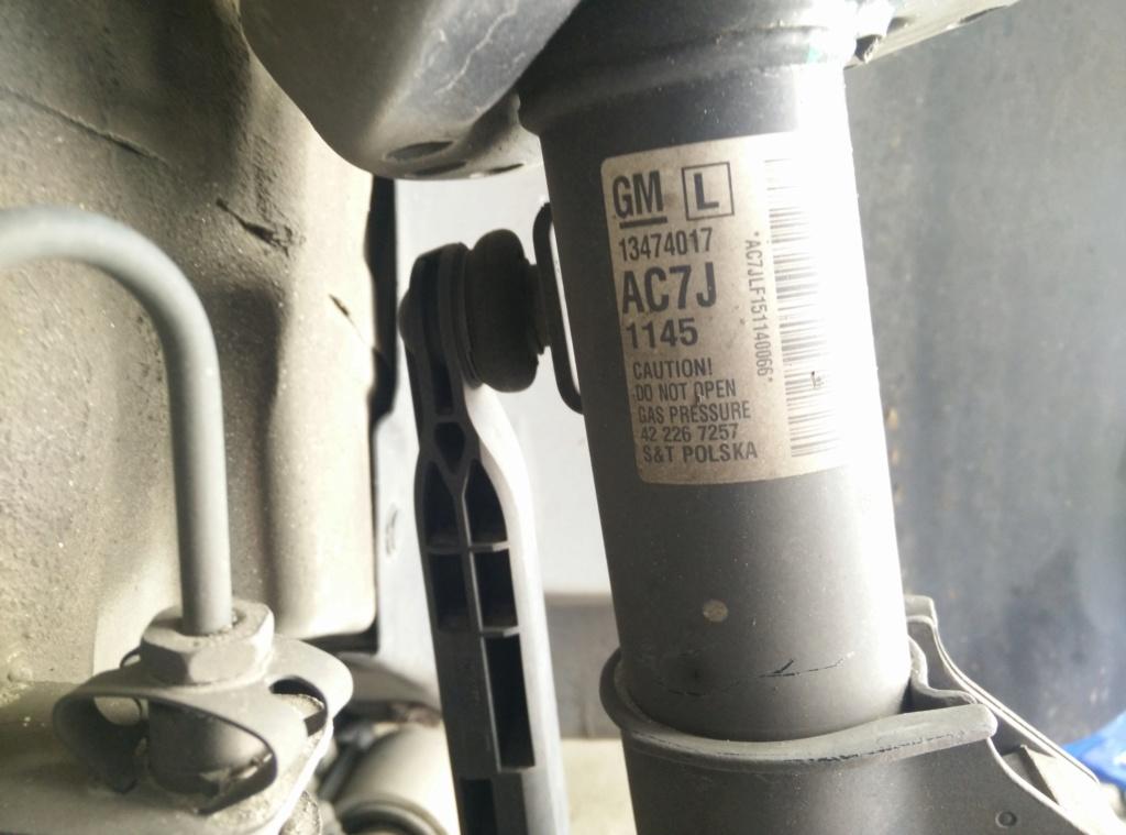 [BRICO J] Sustitución de pastillas de freno delanteras Opel Astra J 1.6 cdti Selective Img_2028