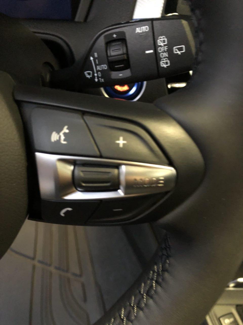 Come far tornare le plastiche sopra i comandi al volante opache? Image12