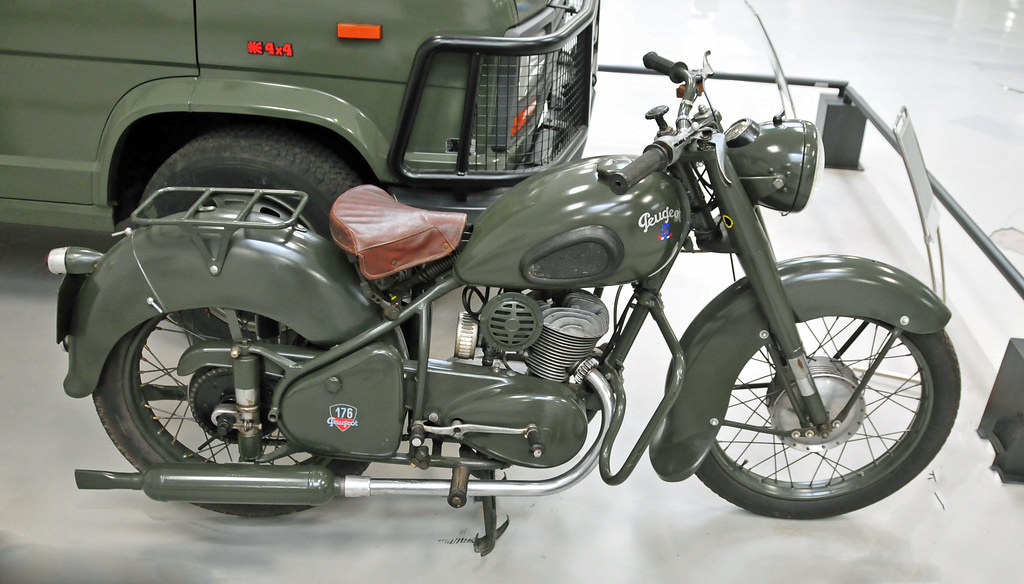 Side pour moto peugeot après guerre 39078910