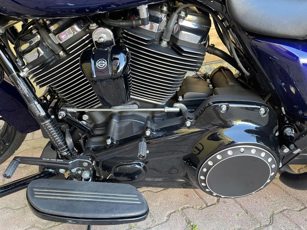 combien de STREET GLIDE  sur le forum Passion-Harley - Page 18 3acf3b10