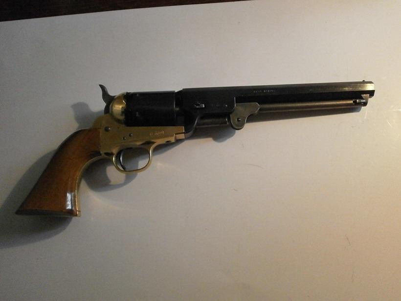 Réplique Colt 1851 NAVY PEDERSOLI Calibre 36 Colt_110