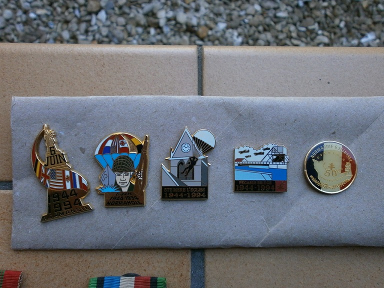 Rentrée aviation ,medaille, insigne , d-day Lot_0218