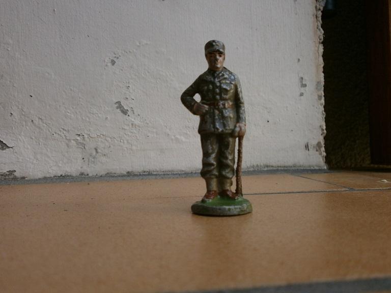 Miniature General Leclerc  Lot_1811