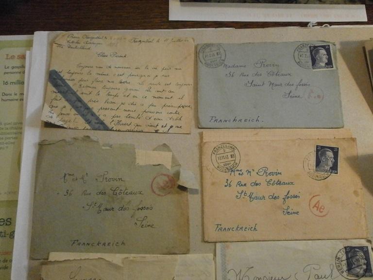 Lot papiers STO Allemagne et rationnement après guerre même personne Lot_ma12