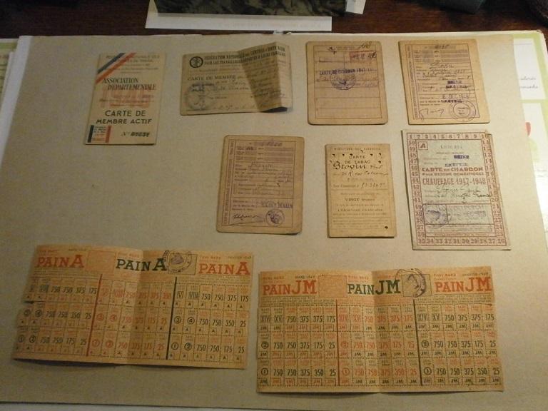 Lot papiers STO Allemagne et rationnement après guerre même personne Lot_ma34