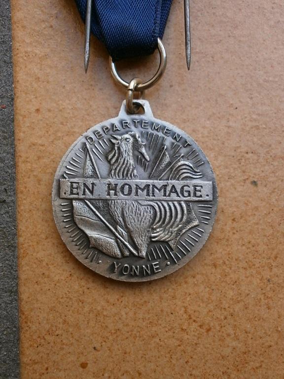 Médaille armistice Verdun 1918-1968 département  Yonne Medai206