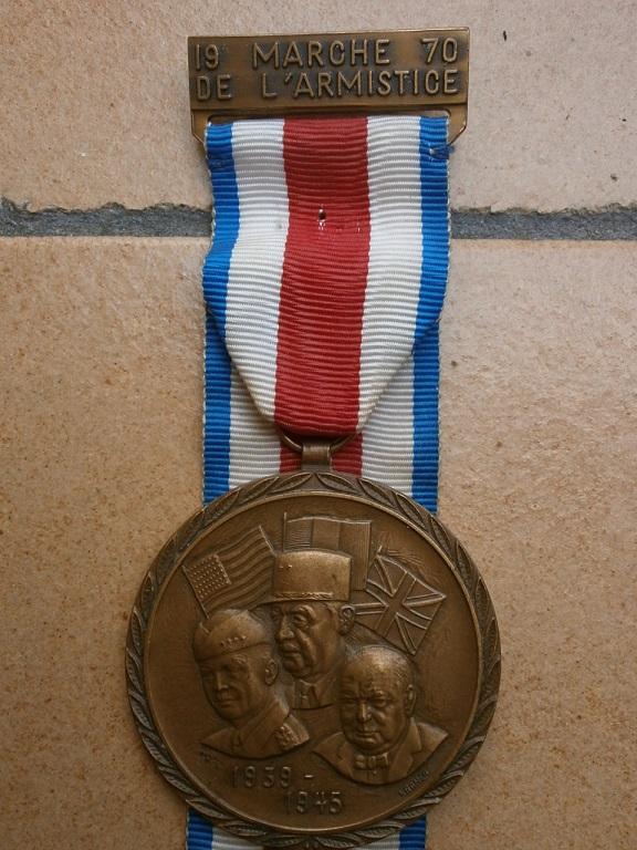 medaille marche de l armistice Medail14