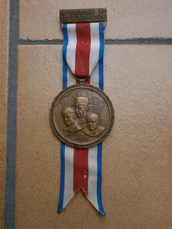 medaille marche de l armistice Medail15
