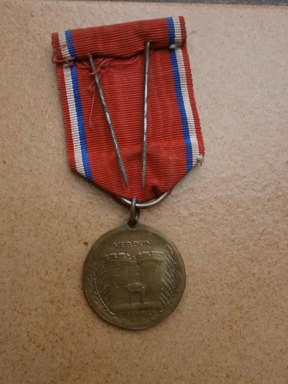 Medaille de verdun Medail31