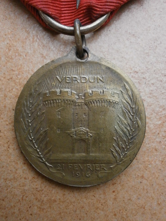 Medaille de verdun Medail33