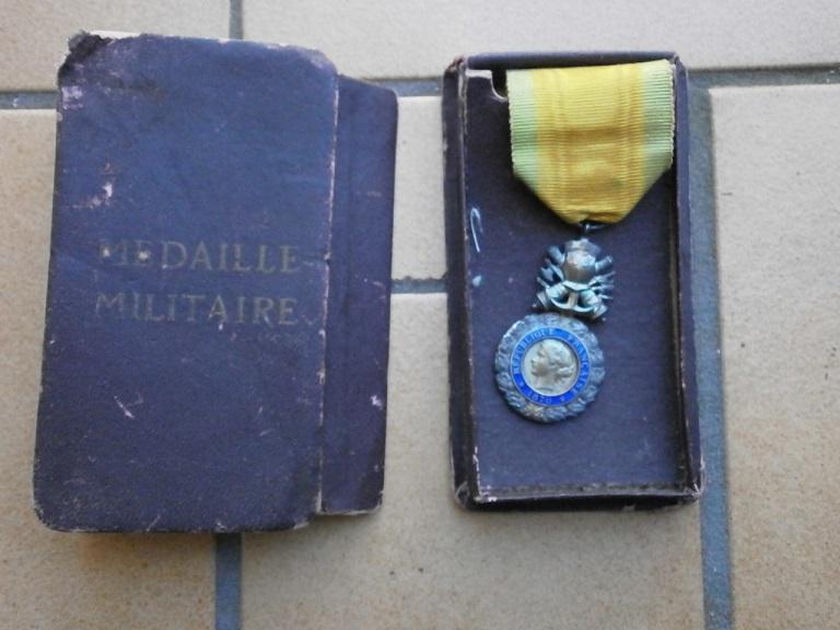 Rentrée medaille militaire et dague Medail38