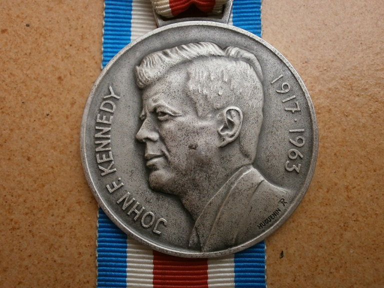 Medaille kennedy-lauf mosnang 1964 Medail82