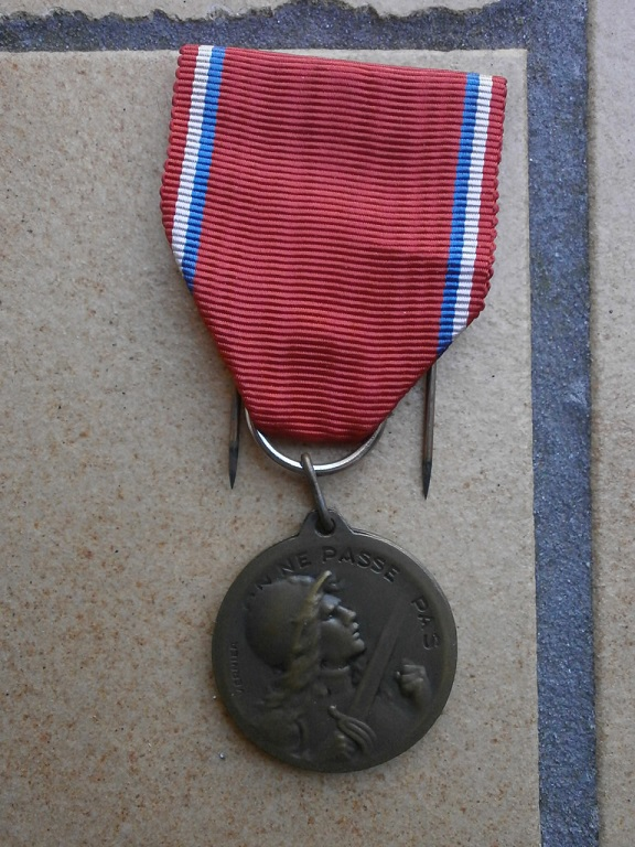 rentrée médailles WW1 Medail89