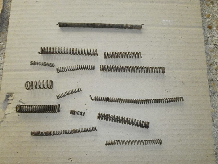 gros lot piece d armes anciennes Pieces10