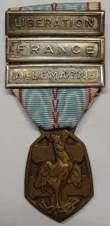 Médaille commémorative 39-45 avec agrafe Laos & Mékong Tzolzo11