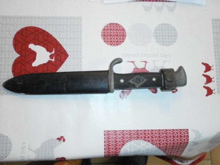 Couteau allemand HJ chez une amie Z-cout10