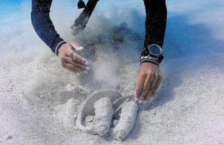 Archéologie: sabres au fond de la mer!! Image610