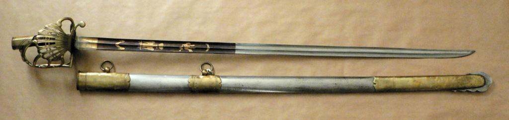 Un grand sabre inhabituel. Premier Empire? P1230510