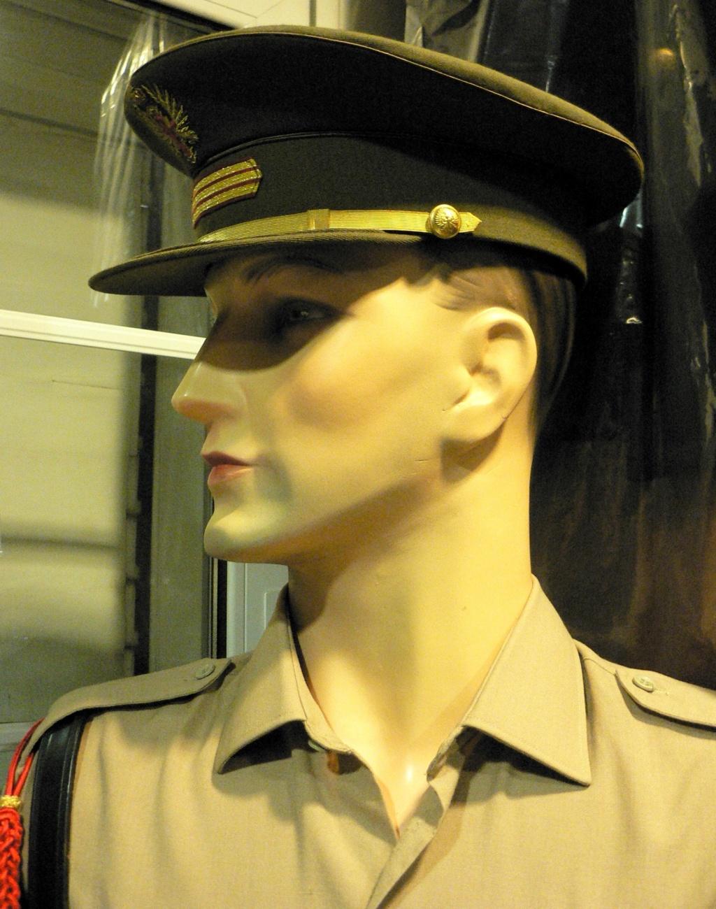 Petit problème: mannequins pour collection avec vissage P1240025