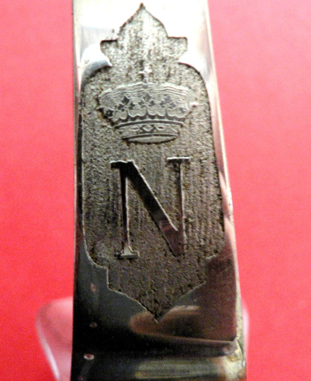 """Sabre espagnol mais """"N"""" et couronne française? P1240128"""