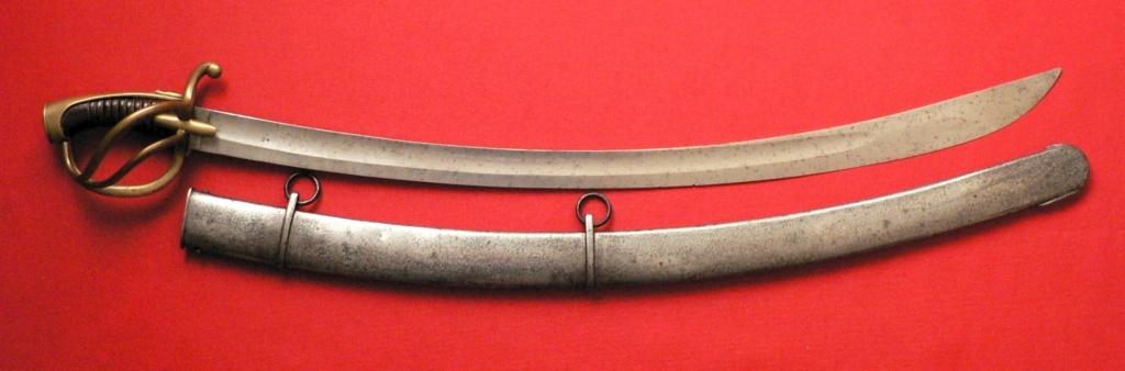 sabre de cavalerie légère dit a la chasseur AN , mais... P1250119