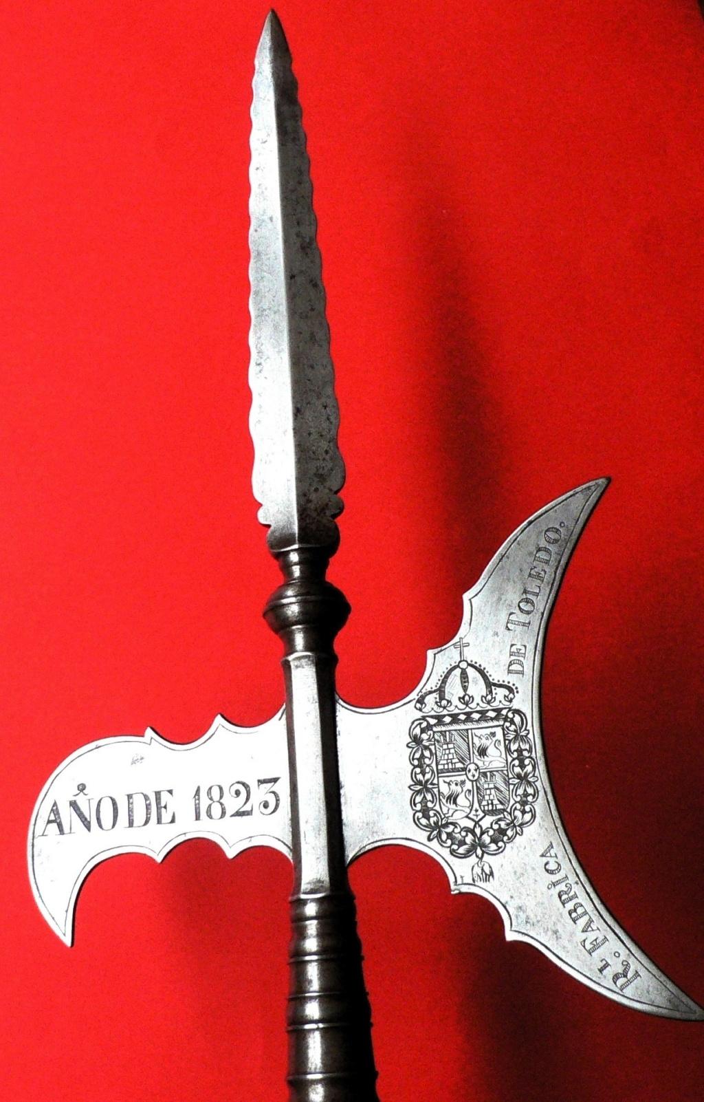 Hallebarde Garde Royale du roi Ferdinand VII P1270010