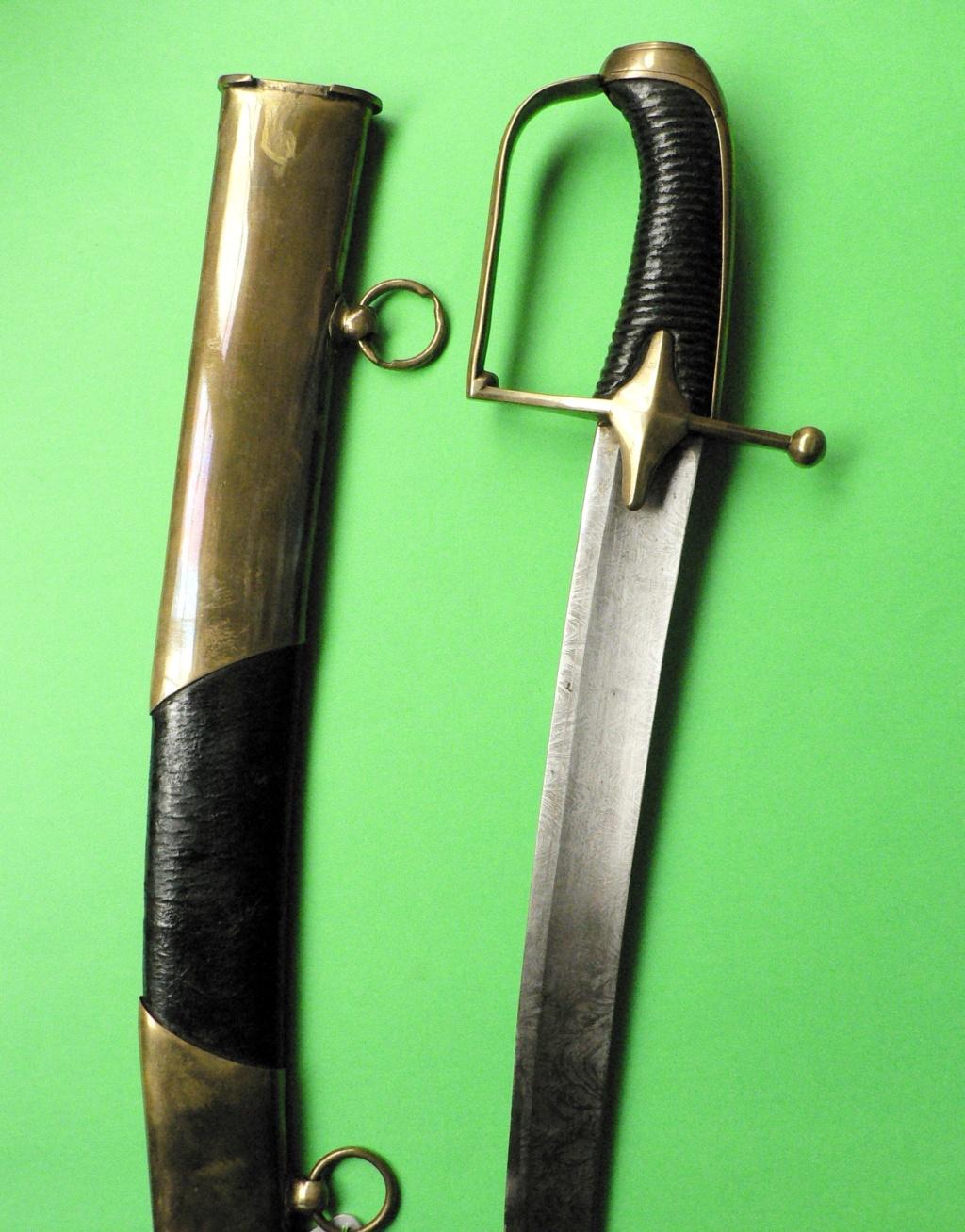 Quelques observations sur le sabre de hussard modèle 1777 P1270525
