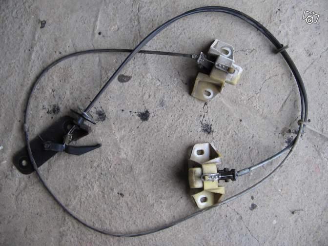 pièces détachées pour une voiture en Bolivie Renaul10