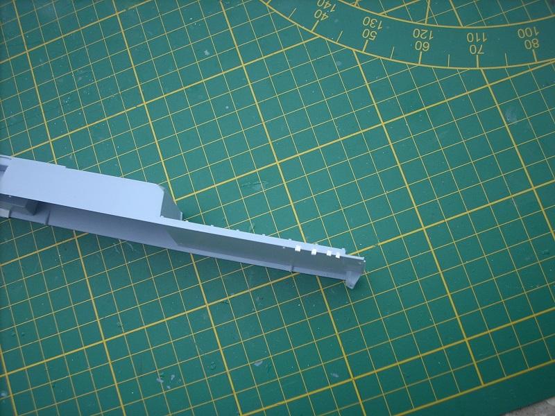 Frégate légère furtive Type La FAYETTE (et kit ARSENAL Réf KC 400 02)  Réf 81035 Dscn6219