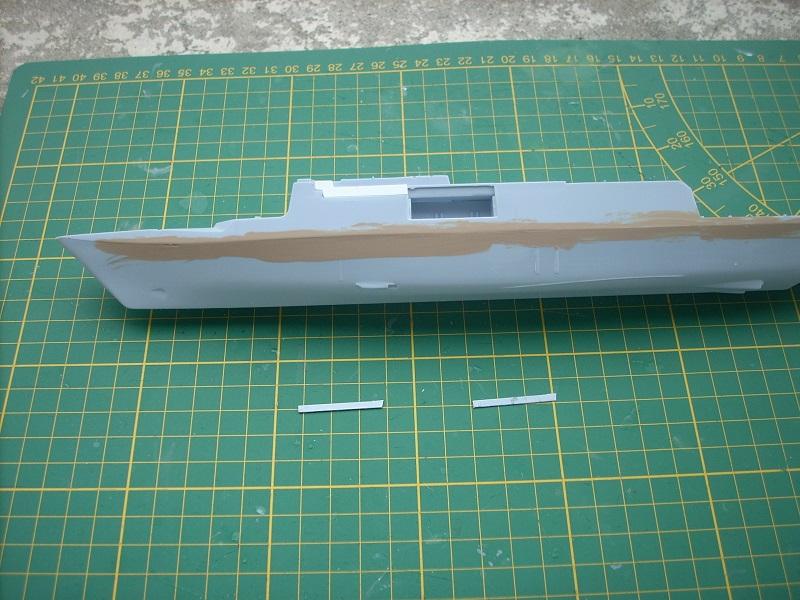 Frégate légère furtive Type La FAYETTE (et kit ARSENAL Réf KC 400 02)  Réf 81035 Dscn6226
