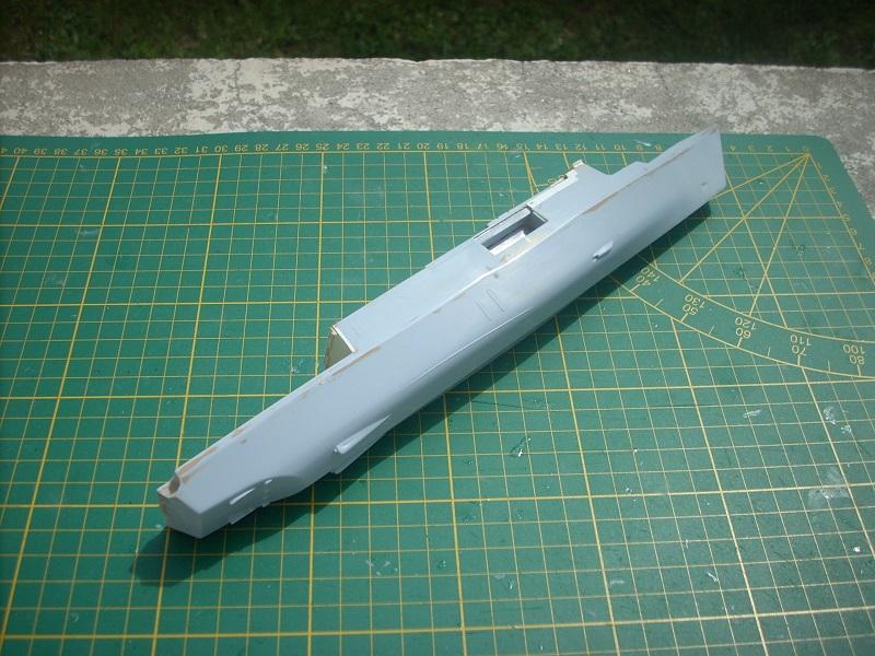 Frégate légère furtive Type La FAYETTE (et kit ARSENAL Réf KC 400 02)  Réf 81035 - Page 2 Dscn6239