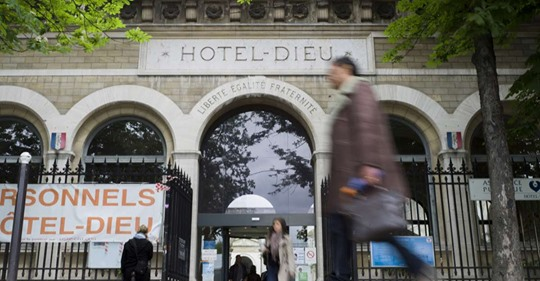 Plus vieil hôpital de Paris, l'Hôtel-Dieu en partie cédé à un promoteur immobilier Safe_i10