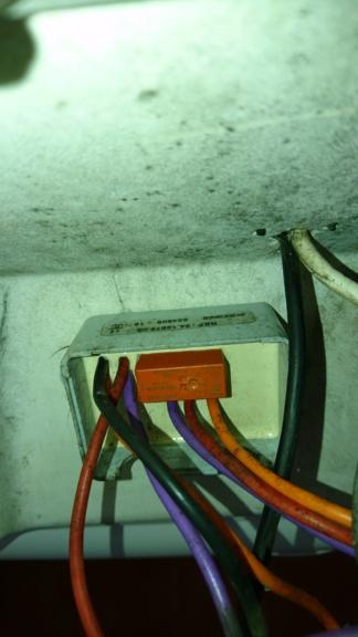 Feux et tableau electrique - Page 2 Dsc_0510