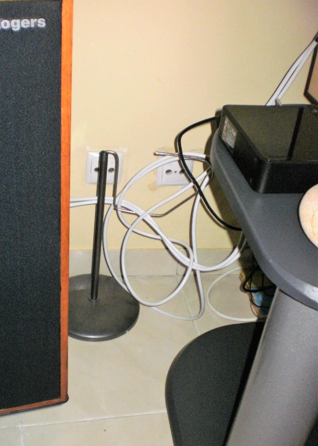 Como organizar cabos de áudio? P1230012