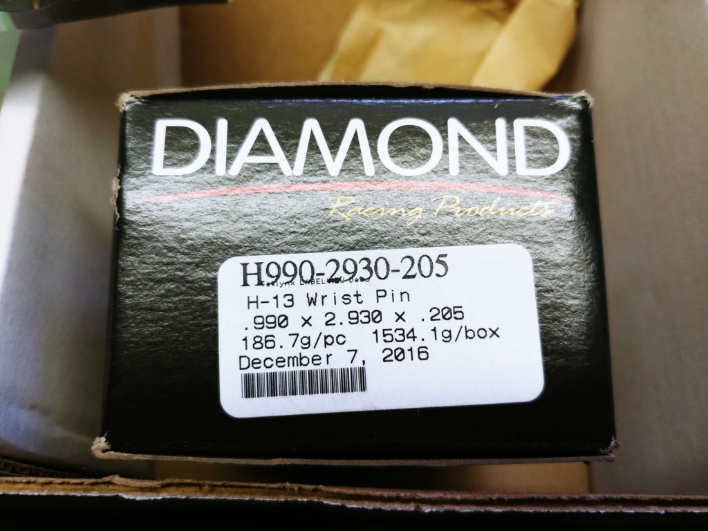 Diamond A460 pistons with upgraded pins 20190114