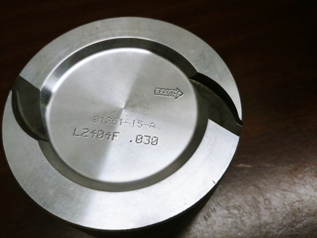 Federal Mogul/ Speed Pro L2404F .030 over pistons with rings 20190118