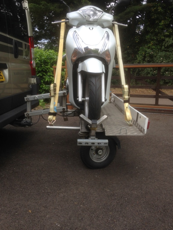 Honda SH125i and Easylift Hydra Trail Img_0010